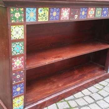 libreria bassa in legno